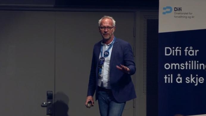 Paul Killie fra hans presentasjon om digital tjenesteutvikling under årets EHF-konferanse