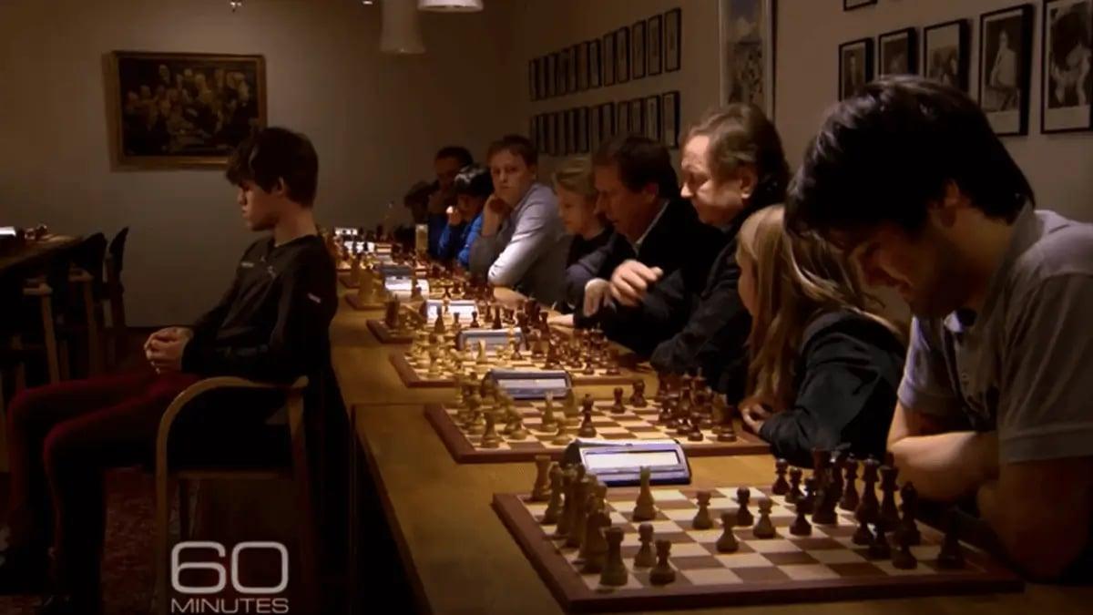 maud-rodsmoen-playing-chess